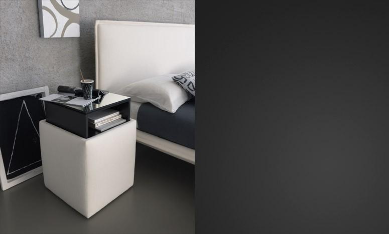 Per la tua camera da letto scegli un comodino con dock - Tavolini da camera ...