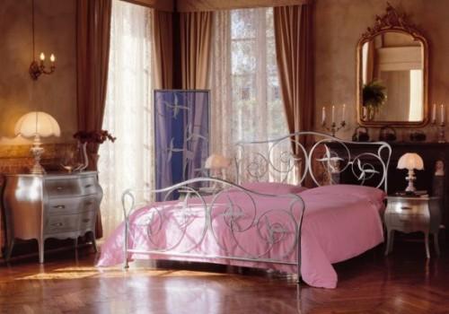 letto baldacchino,letto ferro battuto,materasso a molle,molle singole,molle insacchettate,cignus,dinotte,domus arredi
