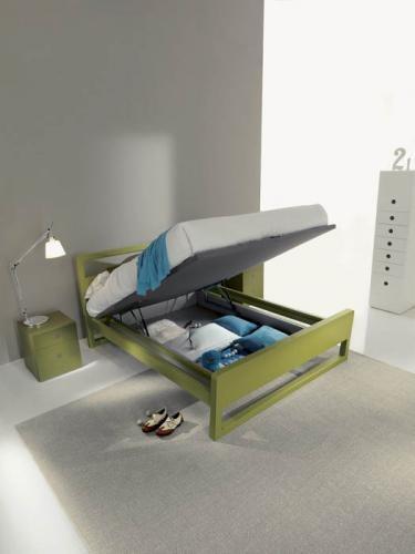 letto contenitore, polvere sotto al letto, pulire sotto il letto, swiffer,